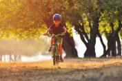 Otrok - učenje vožnje s kolesom