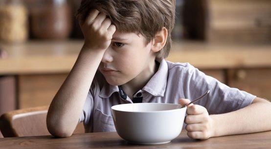 Motnje hranjenja pri otrocih