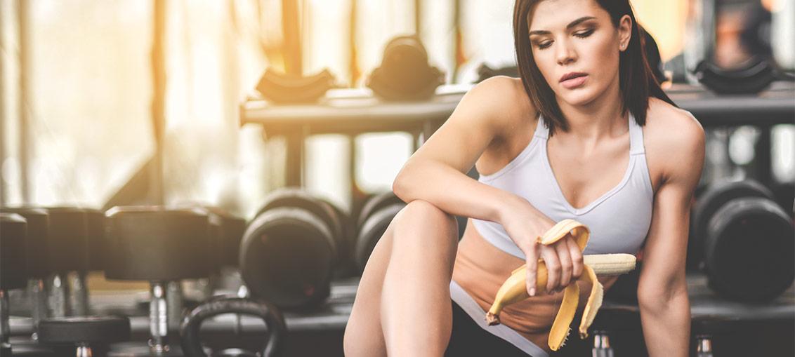 Banana pred ali po športni aktivnosti
