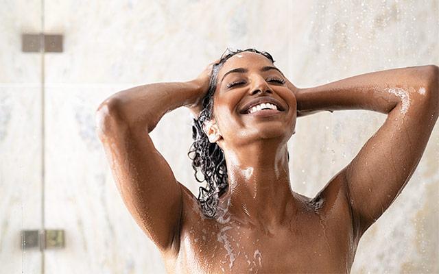 Umivanje las